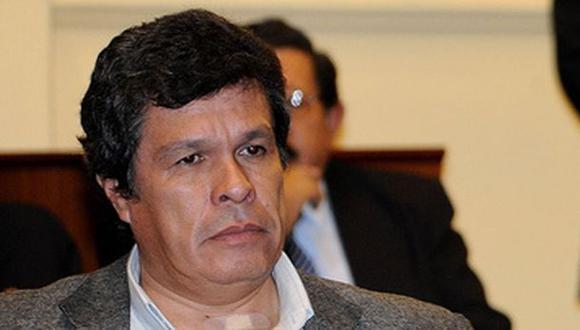 Julca afirma que Heriberto Benítez es operador de César Álvarez