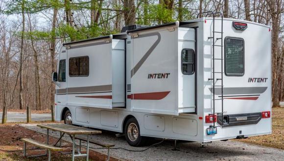 Hay todo tipo de casas rodantes, desde camionetas acondicionadas para dormir hasta grandes autobuses. (Foto referencial: Getty Images).