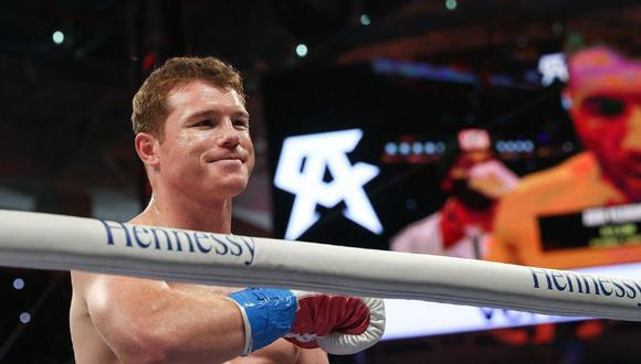 ¡No calló! 'Canelo' Álvarez, fiel a su estilo, envió un detonante mensaje para aquellos que critican su trabajo dentro del ring. (Agencias)
