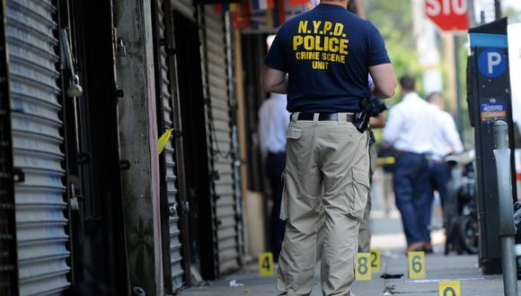 La violencia por armas de fuego no se detiene en Nueva York, donde varios tiroteos este fin de semana dejaron al menos 2 muertos y 18 heridos, en sucesos en los que al menos uno de ellos, según la Policía, estuvo relacionado con pandillas. (Foto referencial: Lloyd Mitchell / Reuters)