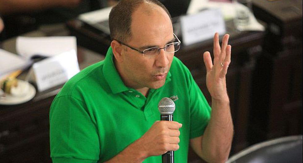 """Pablo Secada le respondió a Castro: """"No está siendo imparcial"""""""