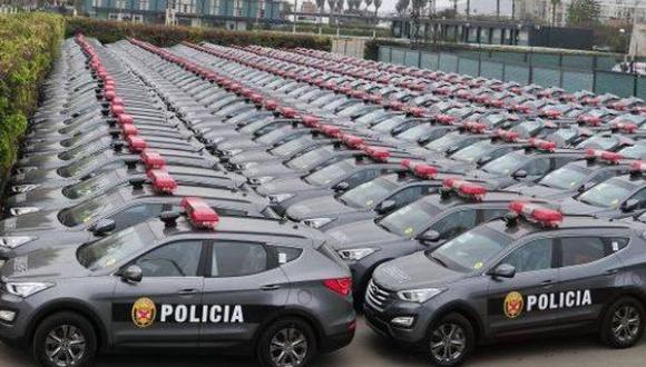 """En Suiza todos son policías"", por Rolando Arellano C."