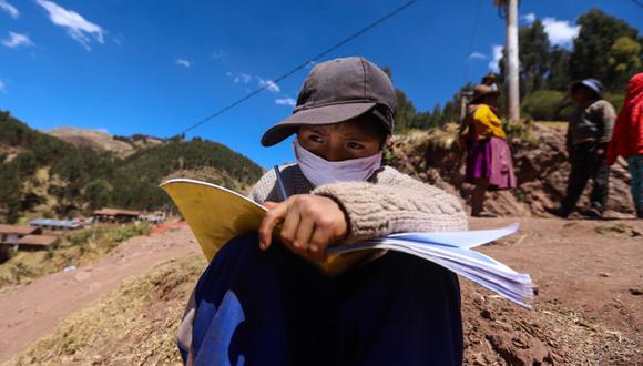 Niños de la comunidad Mayrasco, en el Cusco, sufren las dificultad de la desconexión a internet y falta de tecnología para poder estudiar en medio de la pandemia (Foto: El Comercio/Melissa Valdivia)
