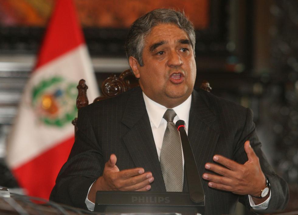 El segundo titular del MEF de ese periodo fue Luis Miguel Valdivieso quien ocupó el cargo por 6 meses y 6 días. (Foto: Archivo El Comercio)