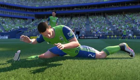 Estilo Van Damme, uno de los movimientos absurdos que suelen encontrarse en las últimas entregas del FIFA de Electronic Arts.