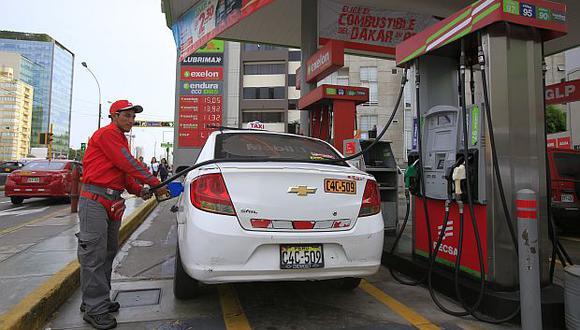 Petroperú y Repsol dieron a conocer sus nuevos precios de combustibles. (Foto: GEC)