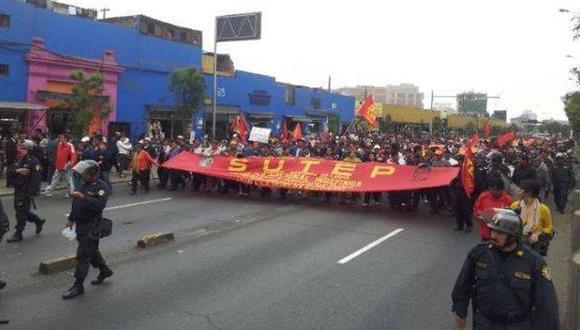 El Sutep inicia hoy movilizaciones por mejoras económicas