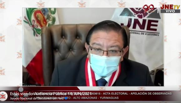 El presidente del JNE, Jorge Luis Salas Arenas, dirigió audiencia donde se revisó apelaciones. (Captura JNETV)