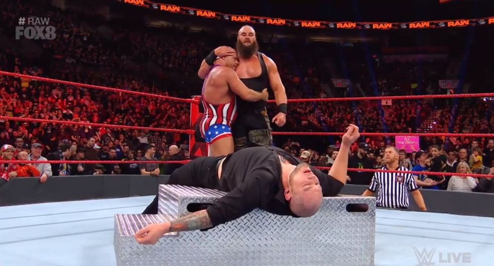 WWE RAW: revive toda la acción del evento que coronó a Angle y Strowman ante Corbin y McIntyre | VIDEO