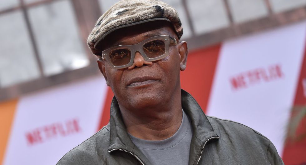 """US actor Samuel L. Jackson arrives for the premiere of Netflix's """"Dolemite Is My Name"""" at Village Theatre in Westwood, California, on September 28, 2019. (Photo by LISA O'CONNOR / AFP)"""