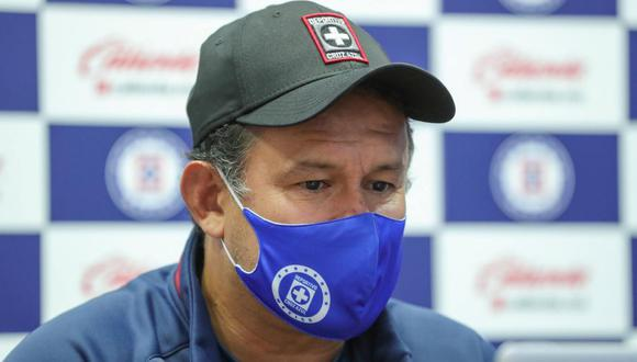 Juan Reynoso habló de la última oportunidad para algunos jugadores de Cruz Azul. (Foto: @CruzAzulCD)