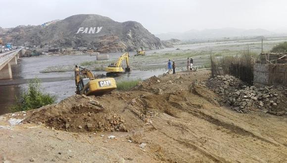 : Retrasos en la obra podría generar un posible desborde del río en los próximos meses. (Foto: Difusión Contraloría)