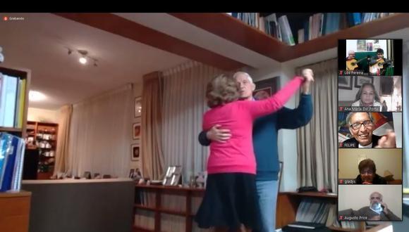 La sala del hogar se convierte en pista de baile cuando las parejas salen a bailar en la Jarana de los Bachiche. (Foto: La Jarana de los Bachiche).