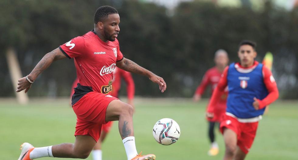 Farfán fue convocado para el debut de Perú en las Eliminatorias ante Paraguay y Brasil. (Foto: FPF)