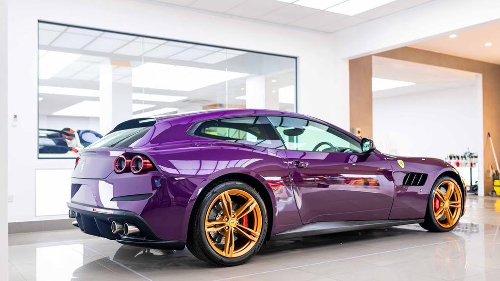 Jay Kay, vocalista de Jamiroquai, encargó a Topaz Detailing el cambio de pintura de su Ferrari GTC4Lusso al color púrpura. (Fotos: Difusión).