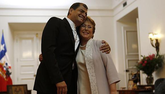 """Correa: """"Ecuador jamás perjudicó posición chilena en La Haya"""""""