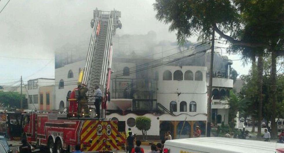 Imágenes del incendio que generó alarma en San Isidro - 1