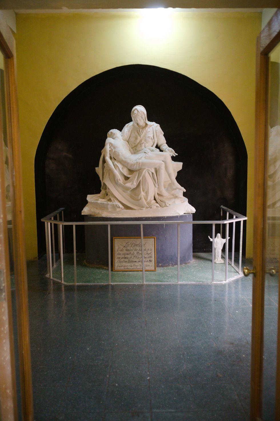 La Piedad 'blanca' es la copia exacta que mandó el Vaticano en los años 50. (Foto: PromPerú)