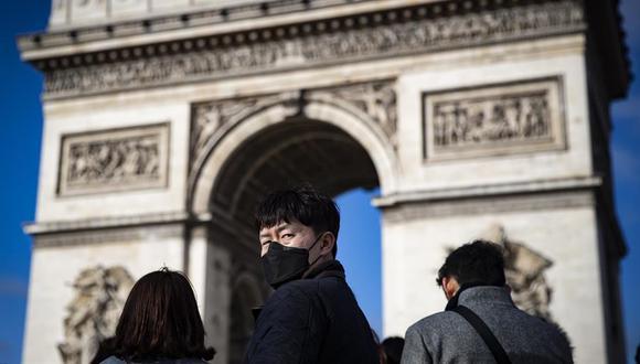 El domingo, París fue declarada en alerta máxima por fuerte rebrote del coronavirus. (EFE/EPA/IAN LANGSDON/Archivo).