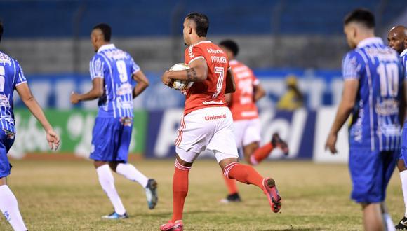 Internacional, sin Paolo Guerrero, enfrentó al Esportivo   Foto: Inter