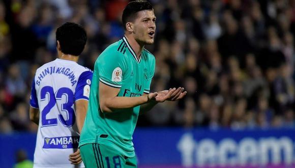 El padre de Luka Jovic se pronunció y defendió a su hijo de las críticas. (Foto: AFP)