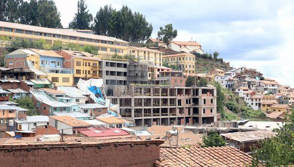 Comisión de Juristas de Cusco inició un proceso de amparo el 1 de enero del 2016, a fin de solicitar la demolición del hotel Sheraton. (Foto: archivo El Comercio)