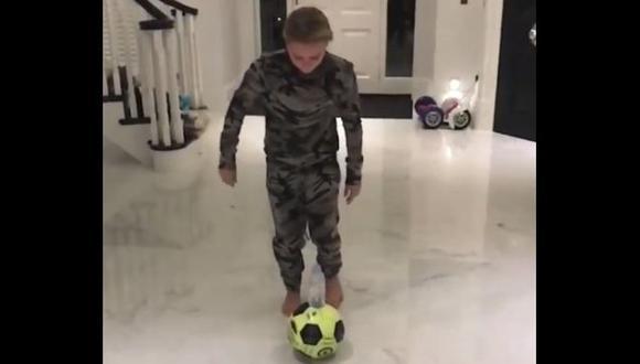 John Terry mostró la curiosa habilidad de su hija con el balón