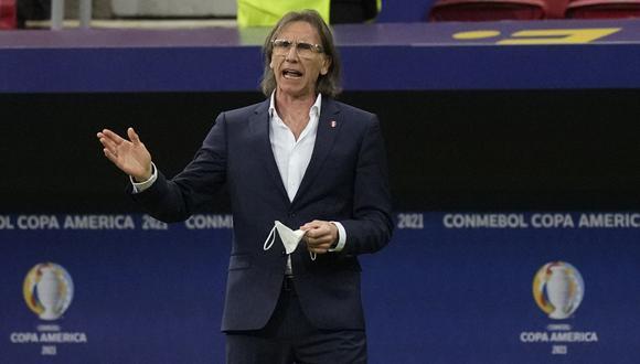Ricardo Gareca brinda una conferencia de prensa tras el cuarto lugar obtenido en la Copa América 2021. (Foto: AP)