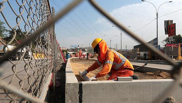 El consumo de cemento suma 12 meses de crecimiento continuo. (Foto: El Comercio)