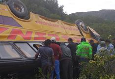 Huancavelica:vuelco de bus interprovincial dejaal menos 25 personas heridas