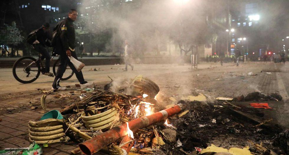 """De acuerdo con el plan de las autoridades de Bogotá, durante las protestas la intervención inicial será de un grupo de """"gestores de convivencia"""". (EFE)"""