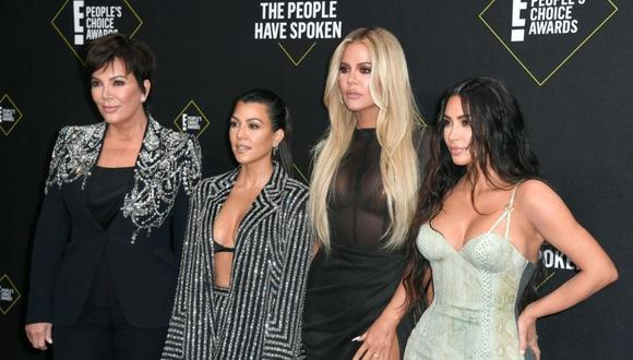 De derecha a izquierda: Kris Jenner, Kourtney Kardashian, Khloé Kardashian y Kim Kardashian. (Foto: Frazer Harrison / Getty Images))
