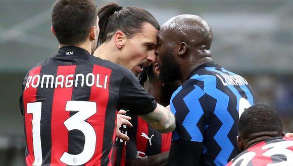 Lukaku y Zlatan, excompañeros en Manchester United, se dijeron de todo mientras disputaban los cuartos de final de la Copa Italia. (Foto: EFE)