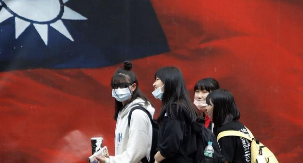 How Taiwan Succeeded in Fighting the Coronavirus Pandemic Without Confinement
