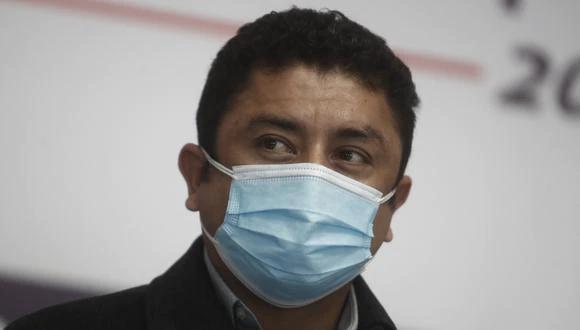 El congresista Juan Burgos denunció a Guillermo Bermejo ante la Comisión de Ética para que lo sancione con una suspensión de 120 días de legislatura. (Foto: El Comercio)