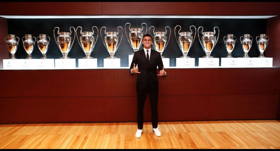Las postales de la presentación de Reinier como jugador de Real Madrid. (Foto: Real Madrid)