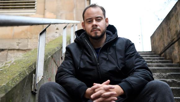 Pablo Rivadulla Duró, conocido artísticamente como Pablo Hasel, es un MC y rapero de 32 años. Anteriormente fue condenado a dos años de prisión por el mismo delito de enaltecimiento del terrorismo, debido al contenido de sus rimas. (Foto: Pau Barrena / AFP)