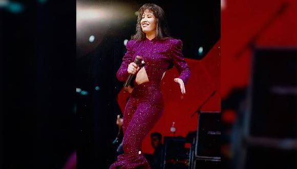 """El jumpsuit fue utilizado por la intérprete de """"Como la flor"""" el 26 de febrero de 1995 (Foto: EMI Music)"""