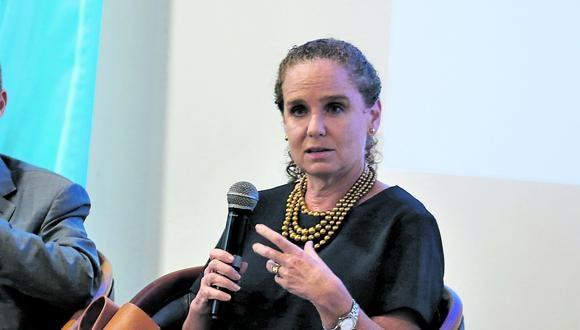 Claudia Cooper, exministra de Economía.