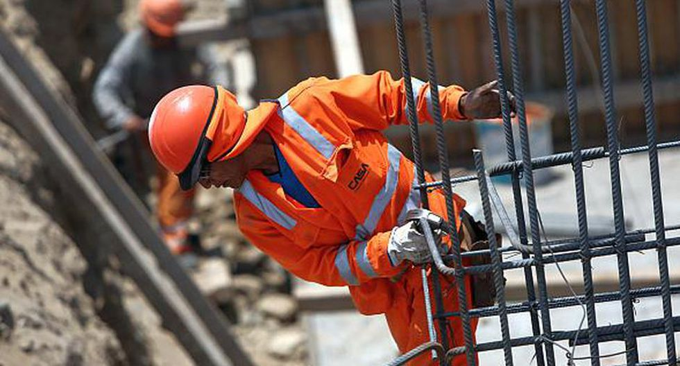 Según datos adelantados por el INEI, el consumo interno de cemento creció un 7.46% por construcción de obras en el sector privado. (Foto: GEC)
