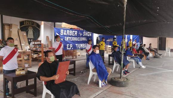 Tumbes: entre los tres primeros puestos se encuentran tres internos de nacionalidad colombiana, quienes recibieron premios relacionados a la barbería. (Foto: INPE)