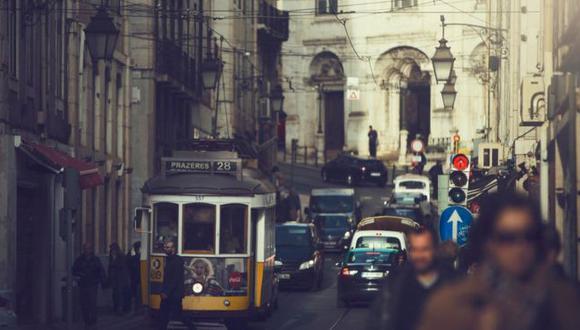 """La siempre poética Lisboa tiene el barrio """"más cool"""" del mundo, según la revista Time Out. Foto: Getty images, vía BBC Mundo"""