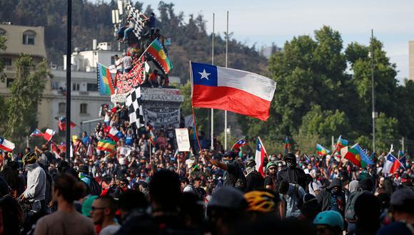 Tras las masivas protestas en Chile, ahora se discute en todas partes sobre la 'crisis del modelo'. (Foto: Reuters)