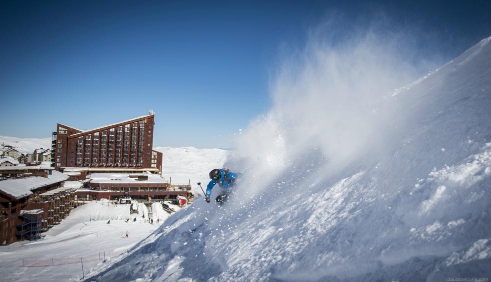 En el resort Valle Nevado, los  esquiadores profesionales practican sobre los 4.000 m.  (Foto: resort Valle Nevado)