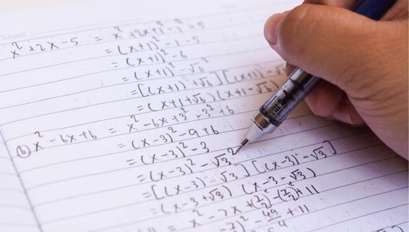 Microsoft Math Solver  resuelve ecuaciones reconociendo los trazos escritos. (Foto: Shutterstock)