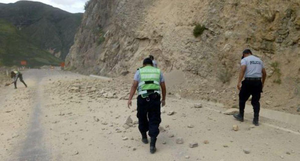 Tránsito restringido en la vía Huancayo-Huancavelica por deslizamiento