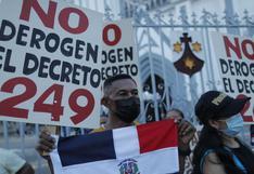 """""""Que nos permitan permanecer"""" en Panamá, claman inmigrantes en una vigilia"""