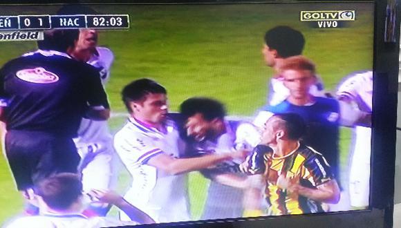 Nacional venció 1-0 a Peñarol en clásico con bronca