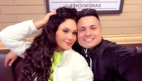 Génesis Tapia junto a su esposo Kike Márquez. (Foto: Instagram)