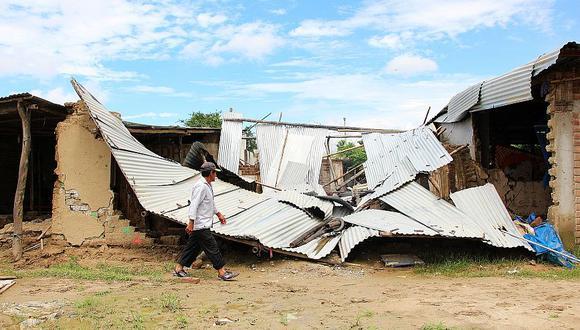 Las intensas lluvias también han ocasionado el colapso de varias viviendas en Tambogrande. (Foto: Ralph Zapata/ El Comercio)